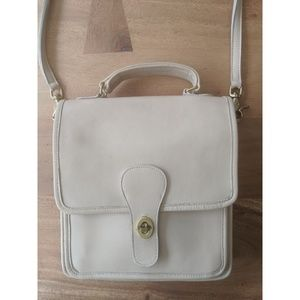Coach Willis Handbag - Cream Station Bag